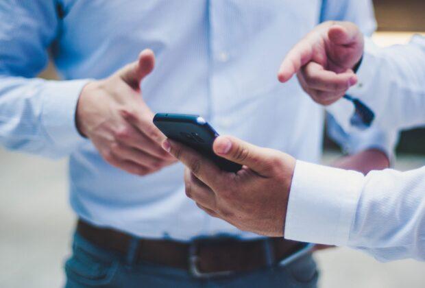 Programy partnerskie- Czym są i co warto o nich wiedzieć?