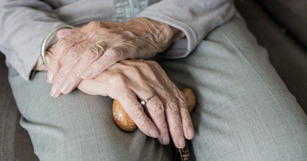 Cechy dobrej opiekunki osób starszych